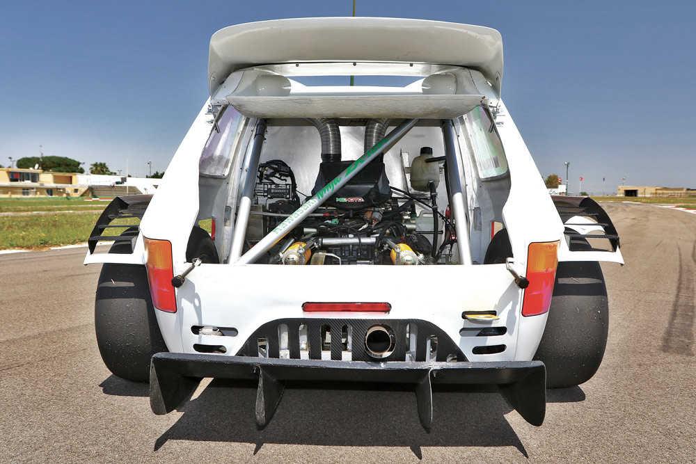 Fiat-126-Ninja-Cataldo-motore.jpg